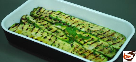 Zucchine grigliate: in padella, alla piastra o al forno
