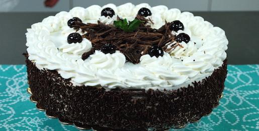 Torta panna e cioccolato, tipo foresta nera – Dolci facili