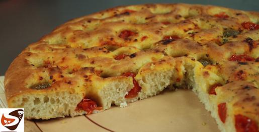 Focaccia pugliese o barese, alta, croccante e soffice – Cucina Italiana