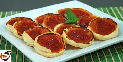 Pizzette di pasta sfoglia al pomodoro, sfizioso sanck, pratico e veloce