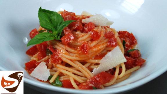 spaghetti alla crudaiola o carrettiera