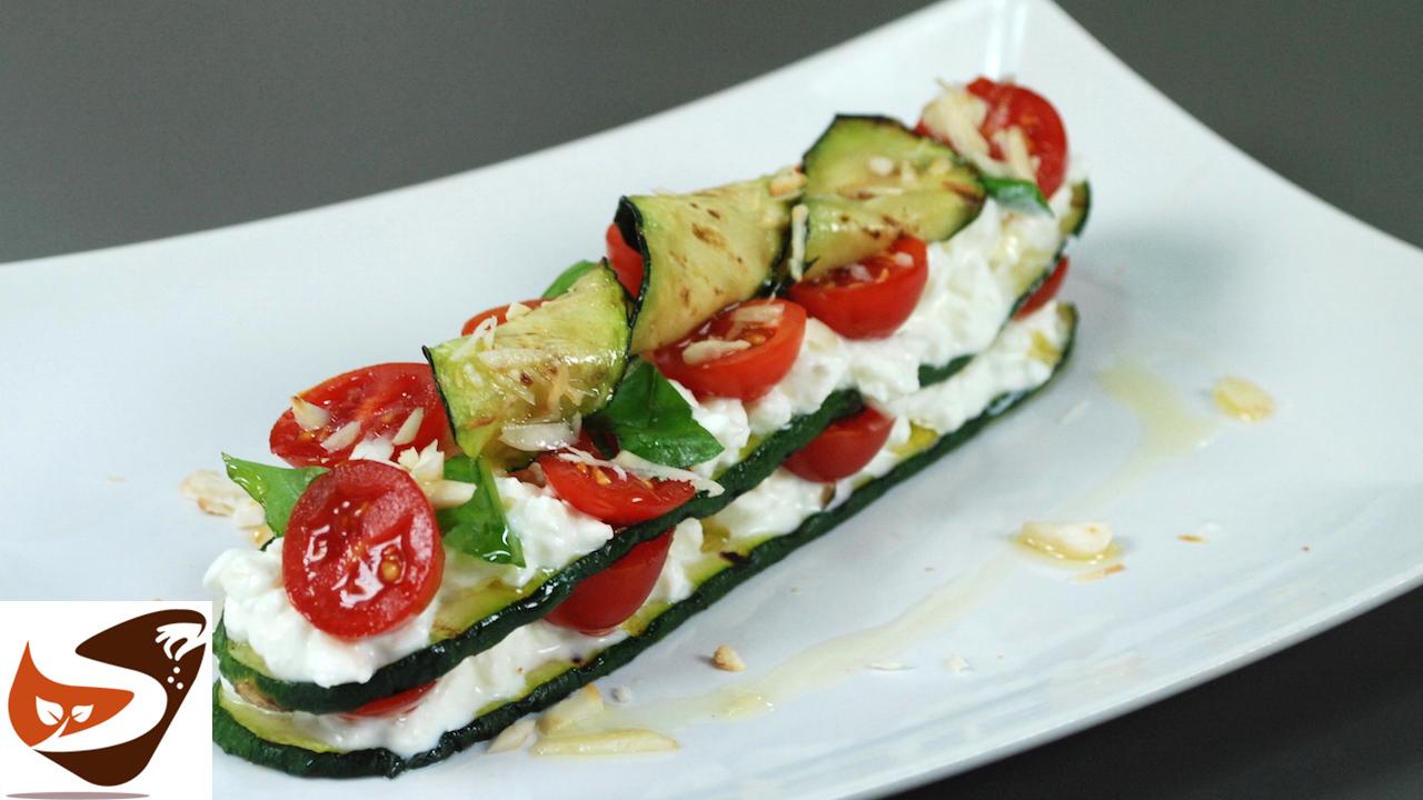 Zucchine grigliate ripiene di formaggio spalmabile e pomodorini