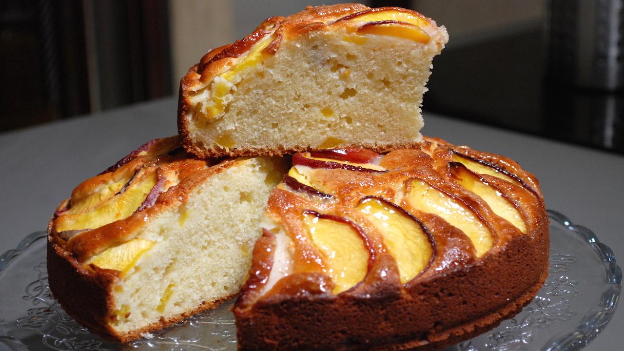 Torta di pesche soffice, più buona della torta alle mele – Dolci
